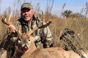 Trophy Whitetail Deer taken by Gary Head 2014 with Tall Tine Outiftters